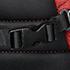Alça no esterno em todas as mochilas e porta-chaves removível - Key FixTM - nos tamanhos 17.3'.
