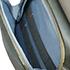 Bolso frontal com sistema Cradle Pockets para melhor organização e acesso aos seus gadgets.